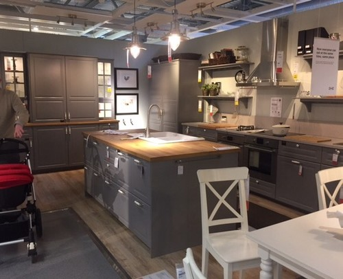 IKEA bodbyn grey kitchen - wall paint