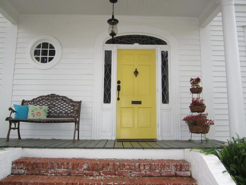 painted front door yellow