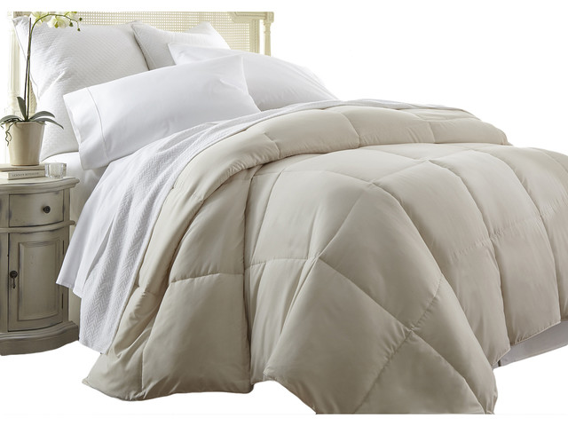 Michael Anthony King Cal King Down Alternative Comforter