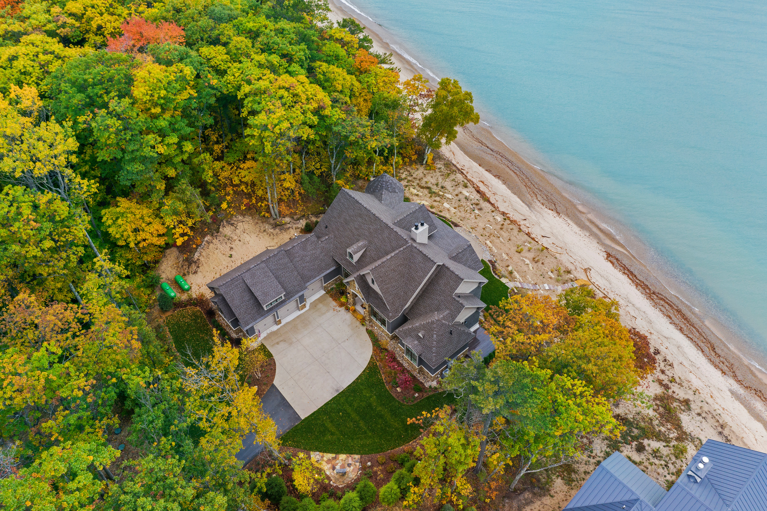 Traditional Waterfront Oasis in Northport