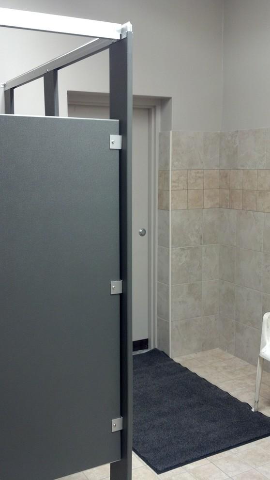 RVFD-Bathroom Stalls and Entrance