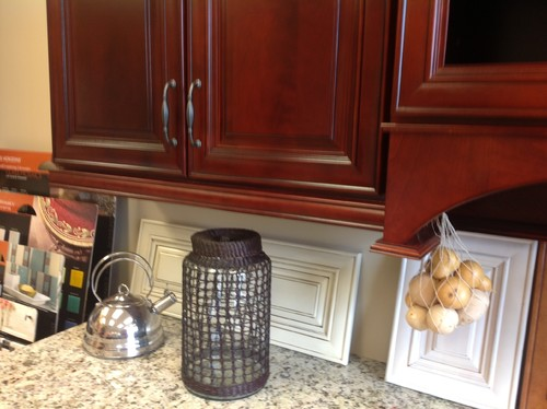 hardwood floor color matching kitchen cabinets - Rosewood Kitchen Cabinets