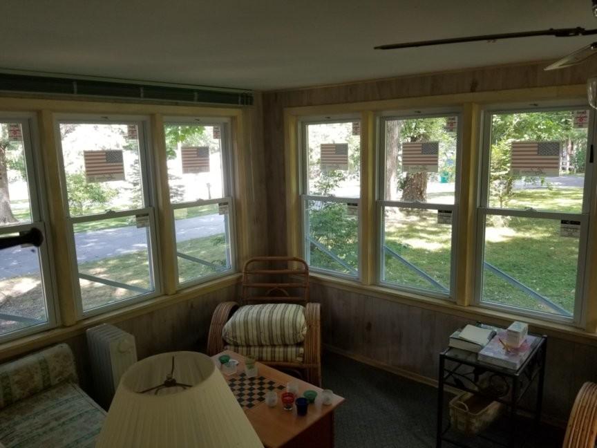 Exterior/ Windows