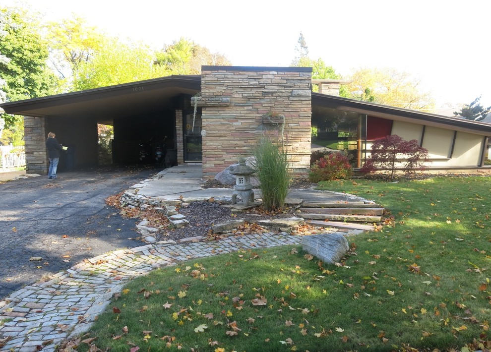Mid century Landscape Renovation - Racine