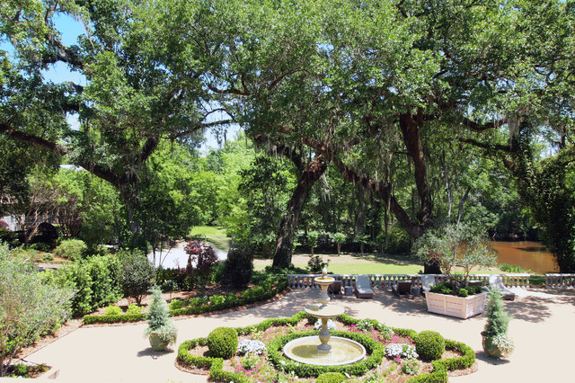 My Houzz: Spanish Moss, Oak Trees, Traditional Design, Southern Charm