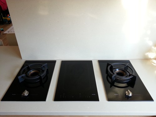 wok cooking on aeg induction wok hob. Black Bedroom Furniture Sets. Home Design Ideas