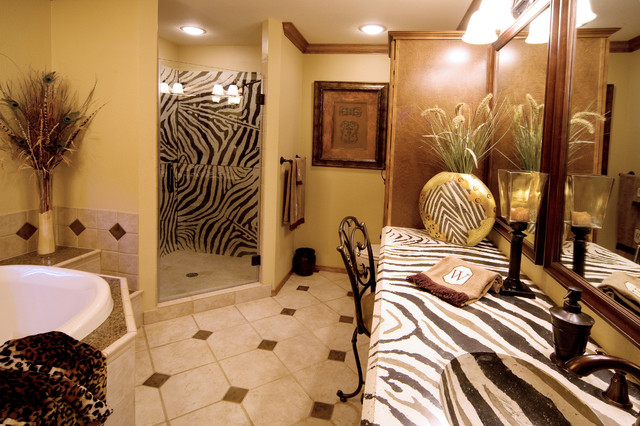 Charmant African Bathroom With Zebra Countertop Mediterranean Bathroom