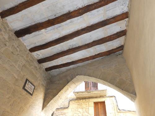 techo con viejas bigas de madera