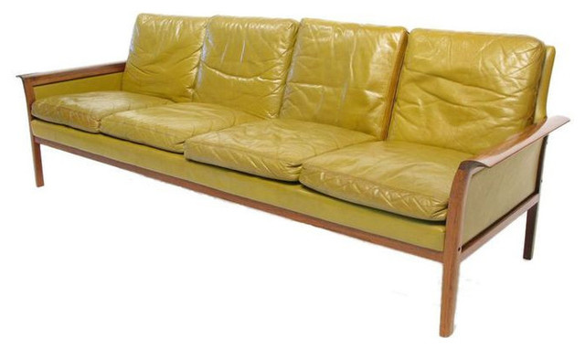 Hans Olsen Rosewood Sofa 3 000 Est Retail 2 On Chairish Co