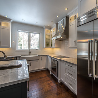 Oakville Kitchen Designers - Oakville, ON, CA L6J7Z6