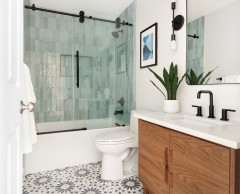 New This Week: 5 Beautiful Bathrooms With a Shower-Tub Combo