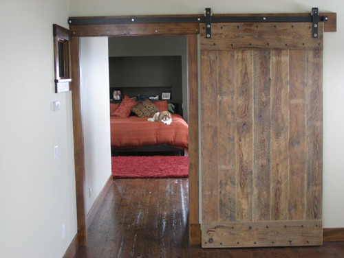 Attirant Reclaimed Wood   Barn/Track Door U0026 Reclaimed Wood Wall