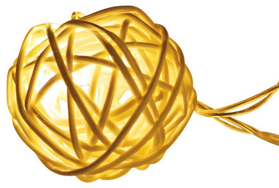 10&x27; Rattan Ball Led Christmas String Lights, Warm White, Battery Operated.