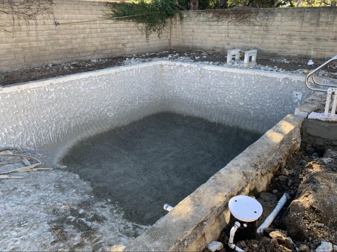 Pool remodeling in Calabasas