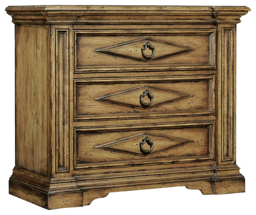 Hooker Furniture 3-Drawer Bachelors Chest