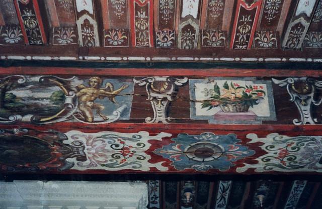 Poutres et solives décorées. Plafond à la Française - Classique ...