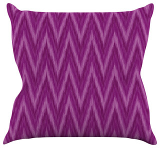 Fuschia Modern Pillows : Amanda Lane