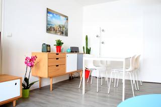 R novation salon scandinavian dining room paris by for Dep decoration interieur