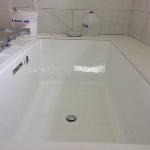 Chaulk or Grout? Getting rid of the gap on a Kohler Underscore Tub