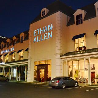 Ethan Allen Galleria   Houston, TX, US 77056