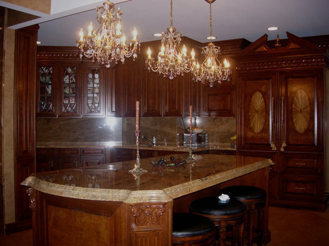Traditional North Shore Century Home Traditional Kitchen Chicago By N
