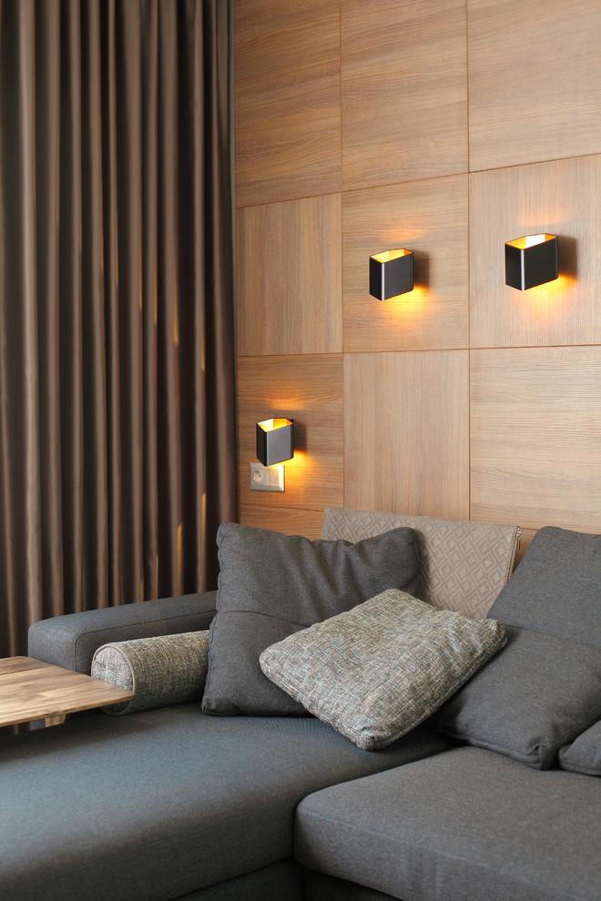 Современный интерьер квартиры с отделкой под дерево