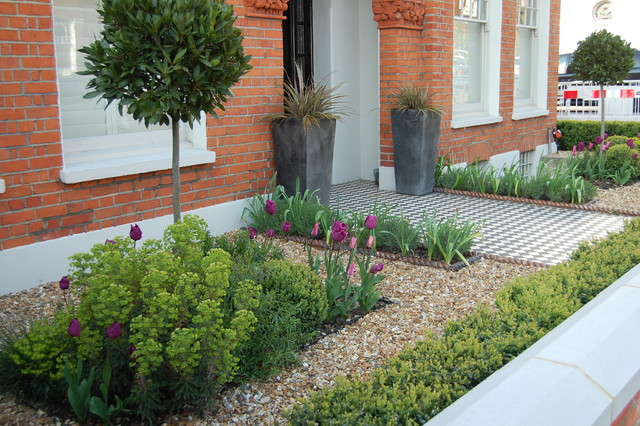 Urban front gardens victorian london by shelley hugh for Victorian front garden designs