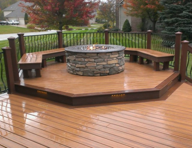 Trex Deck With Fire Pit Transitional Detroit By Ann