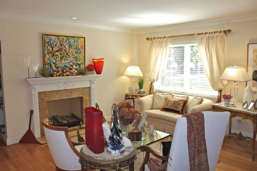My Houzz: Cozy Combination of Antiques and Art
