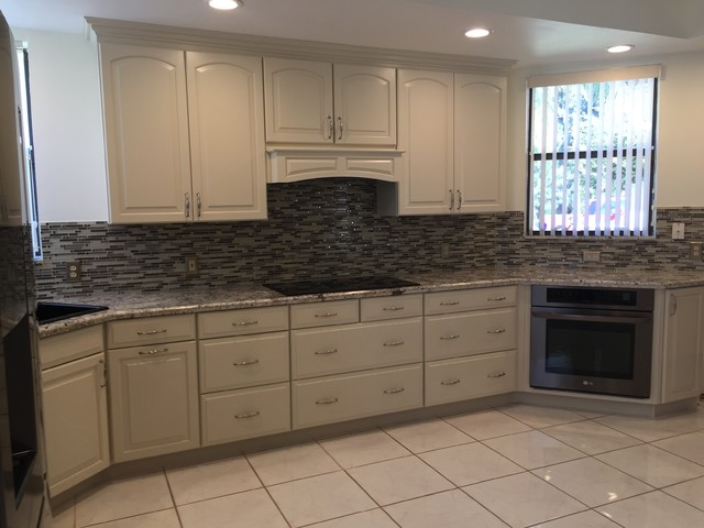After 18years, It's time to remodel! traditional-kitchen
