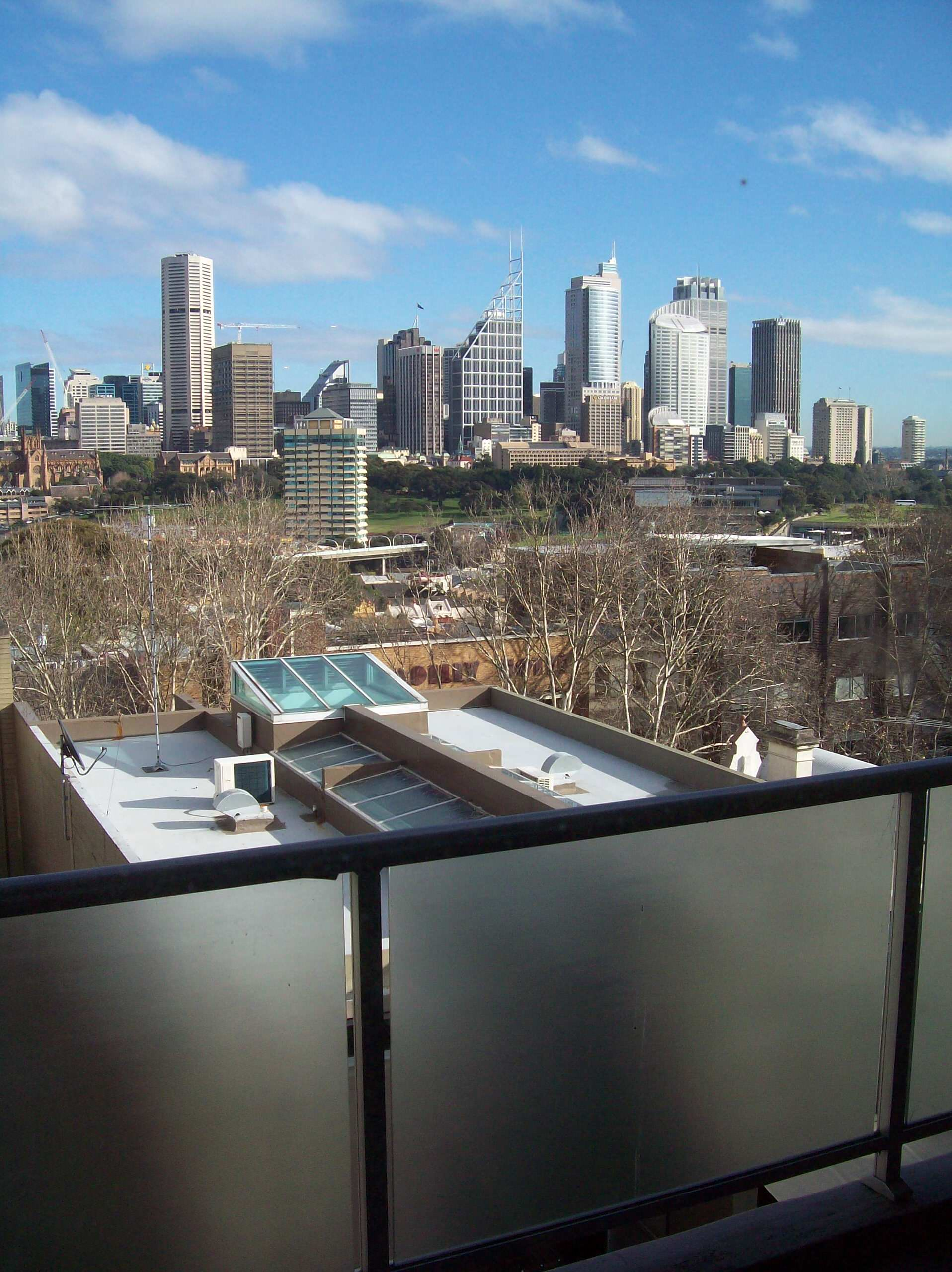 Potts Point Penthouse Apartment with upstairs entertaining