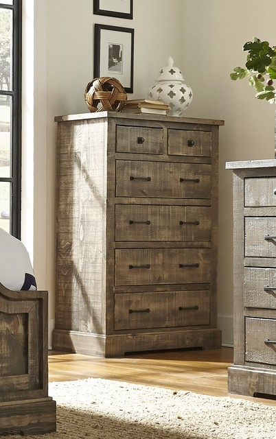 Brinley Chest Of Drawers.