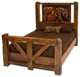 Barnwood Bed With Metal Horse Art, King