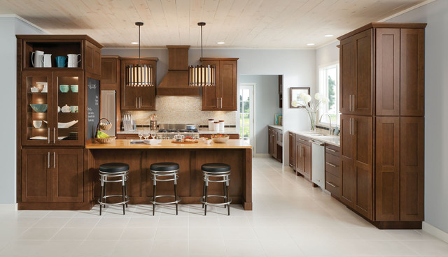 Shenandoah Cabinetry - Farmhouse - Kitchen - Seattle - by Lowe's ...