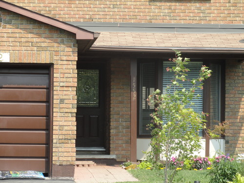 what color to paint front doorWhat color to paint the front door and surrounding brick