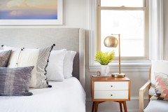 How to Create a Joyful, Clutter-Free Bedroom