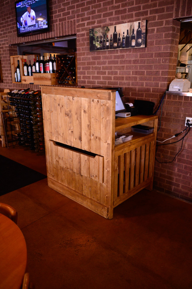 Restaurant Furniture - Wait Station
