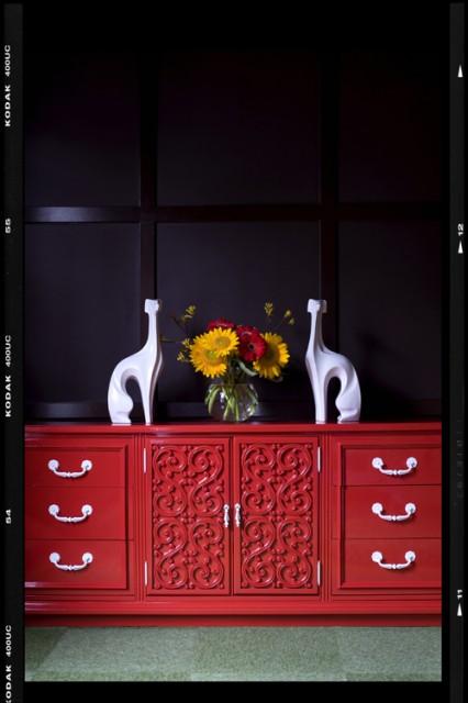 Home design - eclectic home design idea in Atlanta