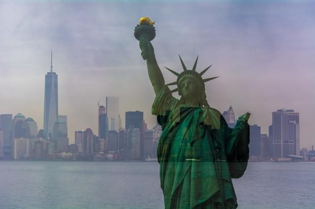 """New World Liberty"" Photo Print, Canvas Print, 60x40 cm"