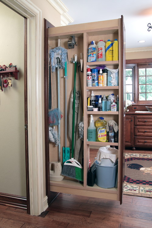 Cleaning Supply Organization and Storage Ideas for 5 Areas In Your Home - Get inspiration for places and ways to organize and store your cleaning supplies, be it under the kitchen sink, in a closet, or even in the laundry room. | https://heartenedhome.com