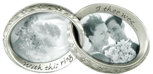 Interlocking Wedding Ring 2-Picture Frame contemporary-picture-frames