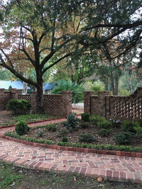 Private Courtyard Garden Near Clemson Sc