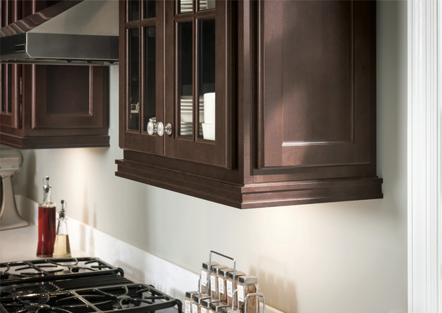 kitchen cabinet light rail molding kitchen 1000 images about home decorating on pinterest