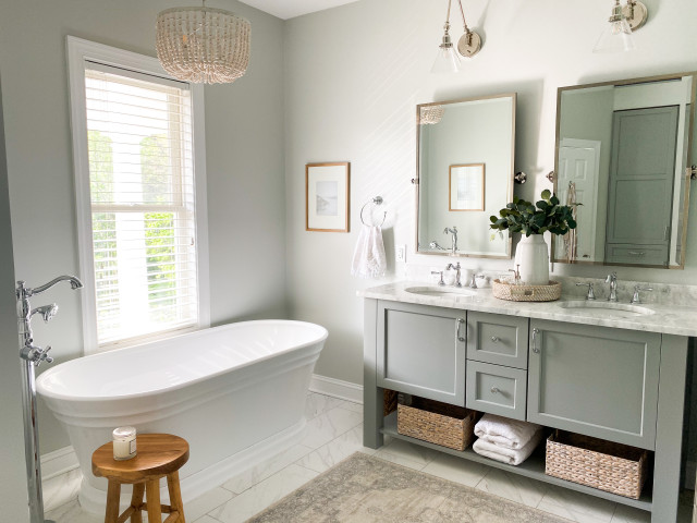 Bathroom of the Week: Timeless Style With an Improved Layout (7 photos)