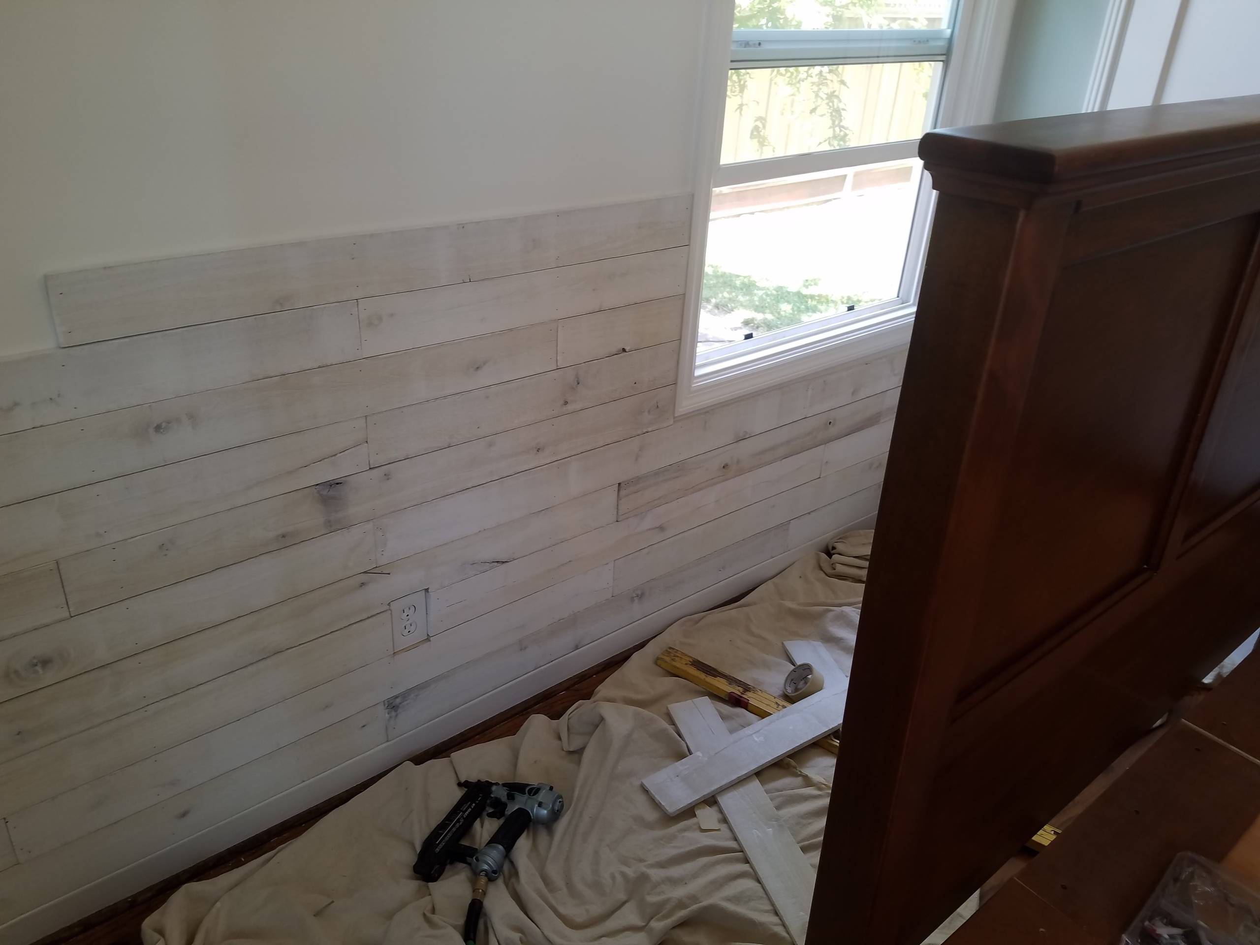 accent wood plank wall