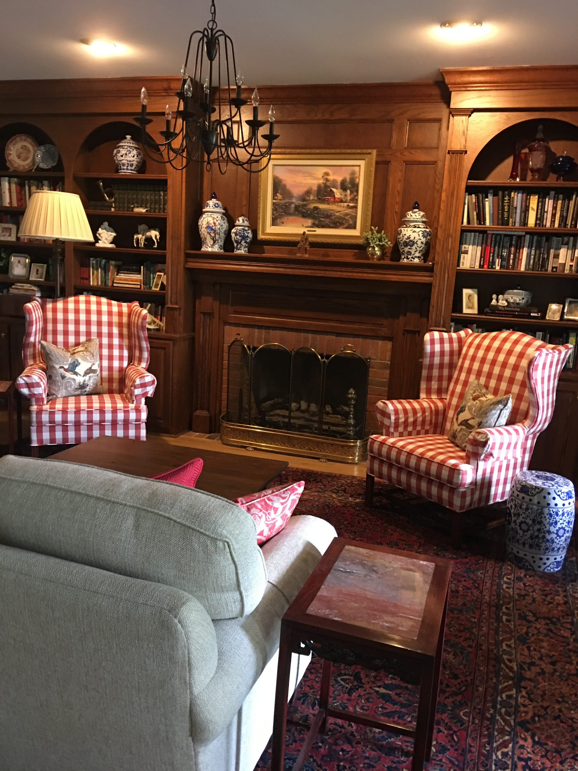 Traditional Farmhouse Library/Sitting Room