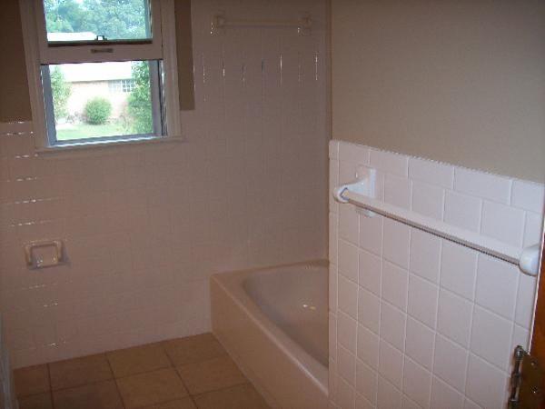 J&S Tub & Tile Refinishing