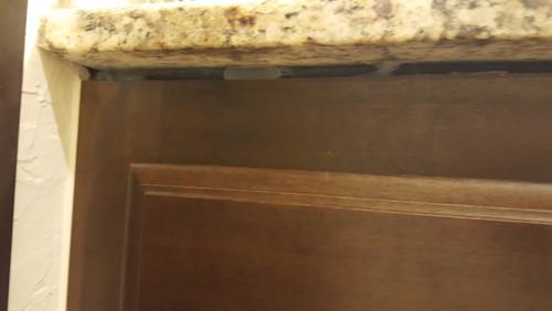 Gap Between Countertops And Cabinets