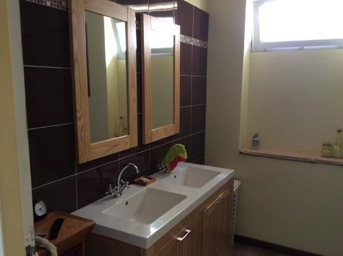 Couleur mur salle de bain for Couleur mur salle de bain