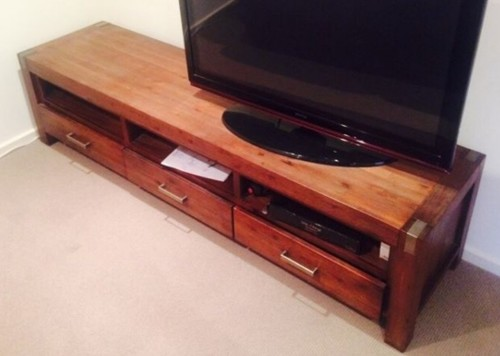 Would you paint this TV unit white?